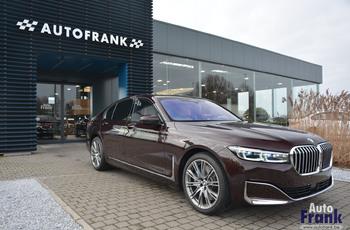 2019-12-14-BMW-745E.jpg